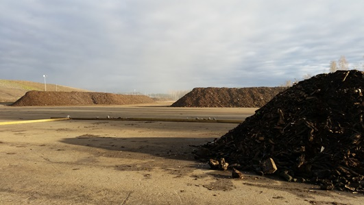 The winter 2015-16 composting experiments have started in December 2015 in Koukkujärvi